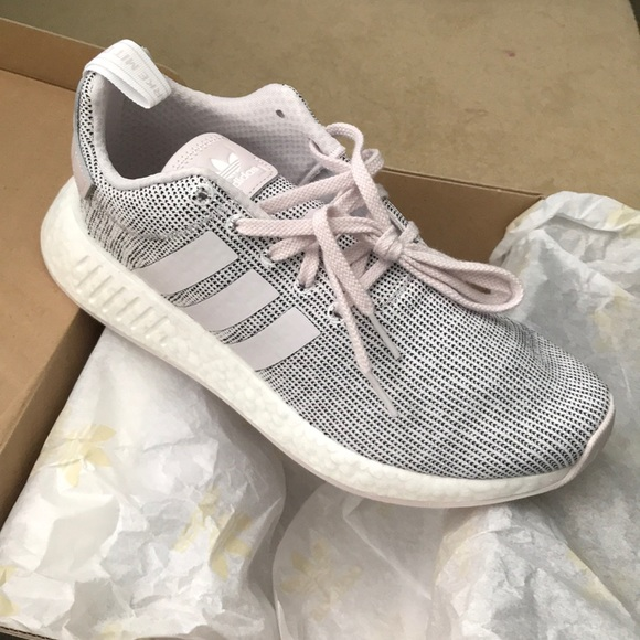 3d939288e Women s NMD R2 Adidas Originals